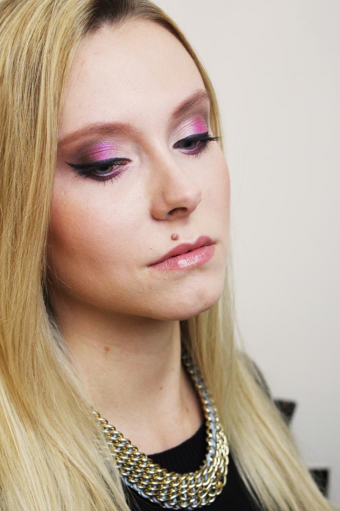 pink_shadow_eyeliner