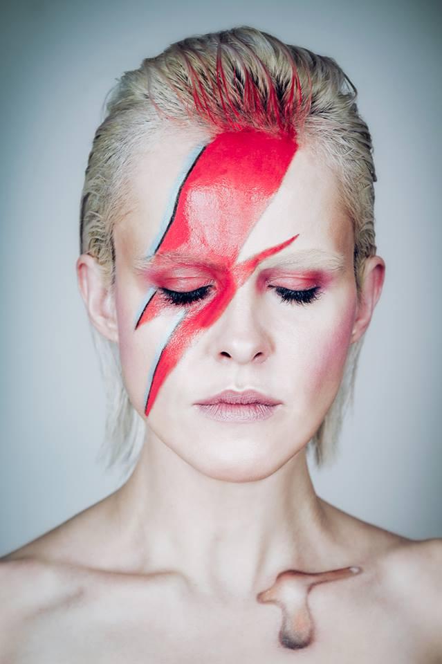 Iza_David Bowie